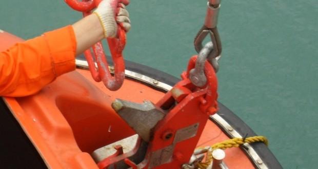 Release_Mechanisms_for_Rescue_Boats-620x330.jpg